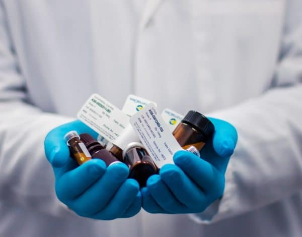 Pharmaceutical Guide To Drugs Courier Services